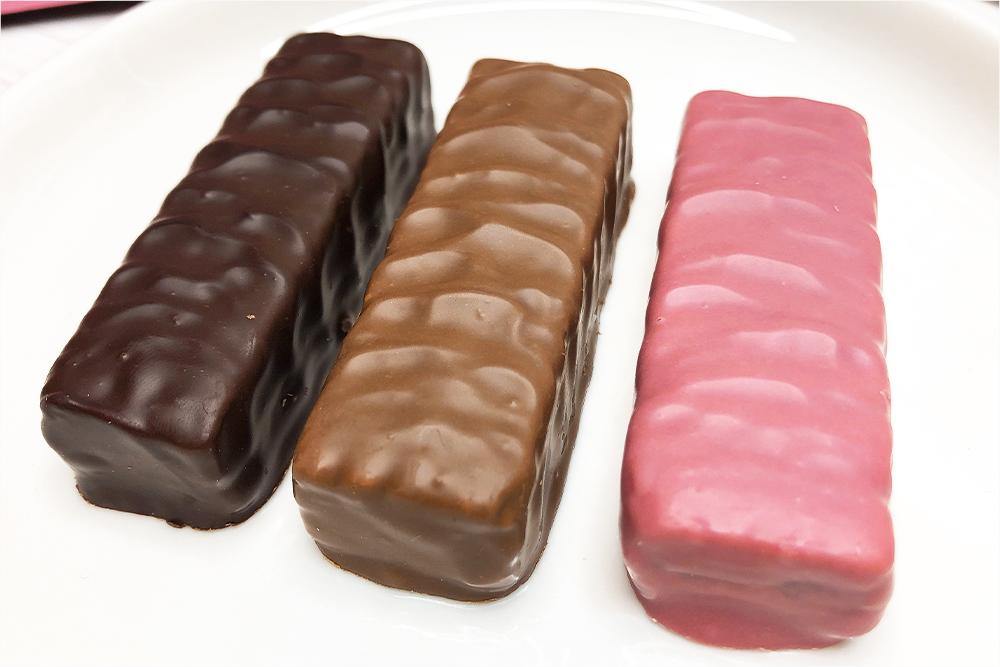お取り寄せスイーツ ISHIYA 石屋製菓 白い恋人 恋するチョコレート ミルフィーユ ルビーチョコレート 期間限定